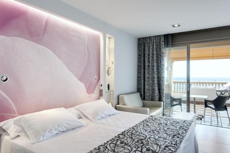 Barcelo Illetas Albatros 4*– отель для взрослых на Майорке